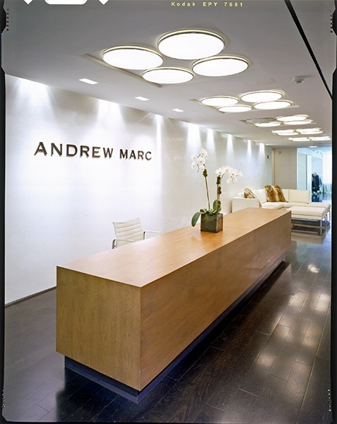 Andrew Marc 01