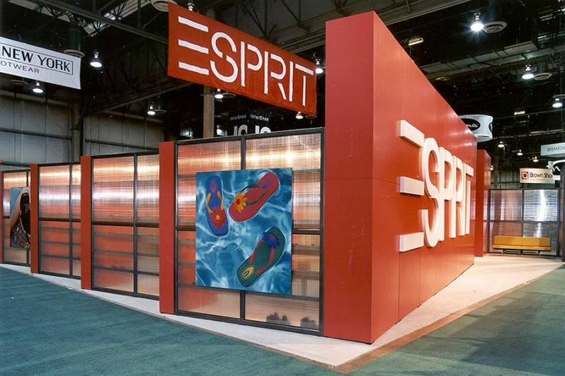 Esprit-TS-Booth-Pop-TS_2