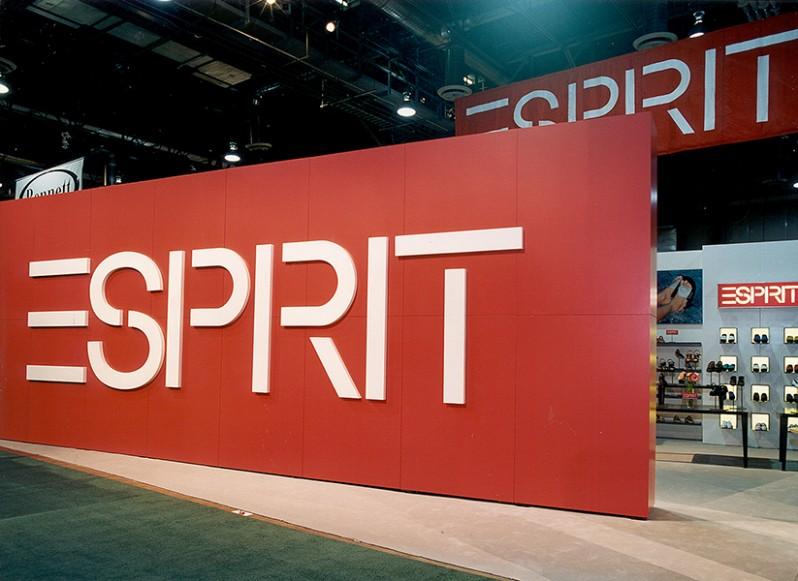Esprit-TS-Booth-Pop-TS_3
